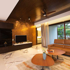 Feature Wall:  Living room by Kembhavi Architecture Foundation