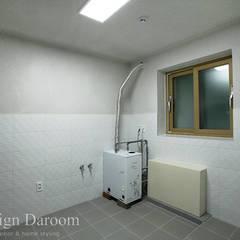 용인 신축 전원주택 A동 30py: Design Daroom 디자인다룸의  베란다,모던
