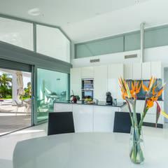 Home Staging y Fotografía en Villa Dorada: Comedores de estilo  de Home & Haus | Home Staging & Fotografía