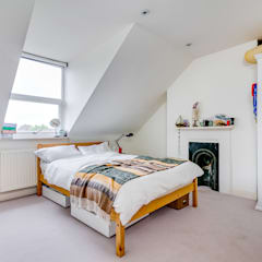 House renovation, house extension: modern Bedroom by LDN Build