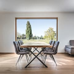 Wohnhaus Hofgut:  Esszimmer von DITTEL ARCHITEKTEN GMBH
