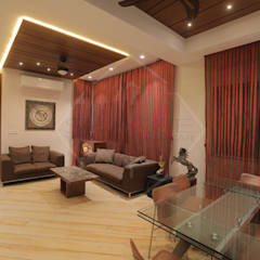 HMC - HIS MASTERS CHOICE : asian Living room by SPACCE INTERIORS