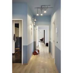 Wohnungsprojekt | Kater Holzig :  Flur & Diele von Hotel ULTRA Concept Store