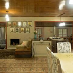 Living room by Bruna Schumacher - Arquitetura & Interiores