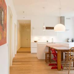 :  Dining room by CASAHELP RISTRUTTURAZIONI