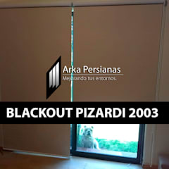 Enrollables Blackout Pizardi: Persianas de estilo  por Arka Persianas, Moderno
