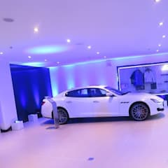 SHOWROOM MASERATI:  Đại lý xe hơi by VAN NAM FURNITURE & INTERIOR DECORATION CO., LTD.