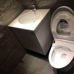 南京西路廚房浴室翻新案:  浴室 by 捷士空間設計