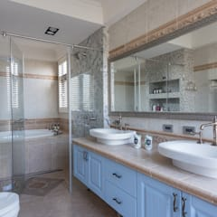 Baños de estilo  por 禾廊室內設計