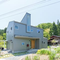 Wooden houses by タイラ ヤスヒロ建築設計事務所/yasuhiro taira architects & associates, Industrial