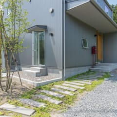 Wooden houses by タイラ ヤスヒロ建築設計事務所/taira yasuhiro architect & associates