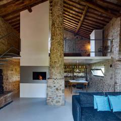 Casale di Cellole: Hotel in stile  di Matteo Castelli fotografia