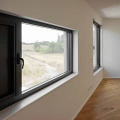 Wooden windows by boehning_zalenga  koopX architekten in Berlin, Minimalist