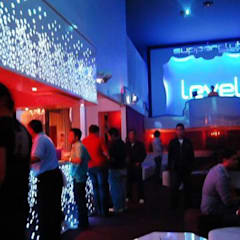 Bars & clubs de style  par DISEÑO DE BARES Y RESTAURANTES B&Ö  Arquitectura, decoración, diseño de interiores y Muebles