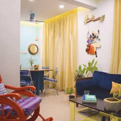 N duplex:  Living room by Mind bower Interior design studio