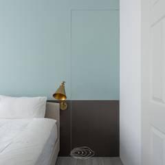 復古歐風X美式鄉村:  臥室 by 層層室內裝修設計有限公司