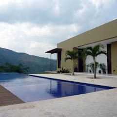 Garden Pool by NOAH Proyectos SAS