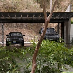 Double Garage by RGR Arquitectos + Urban Strategy