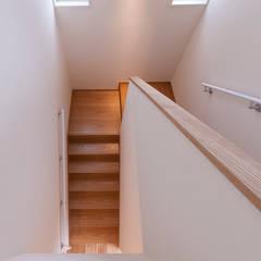 Stairs by 森村厚建築設計事務所