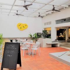 ร้านอาหาร by Phương Đàm