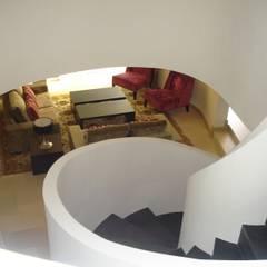 Stairs by Taller de Interiores Mediterraneos