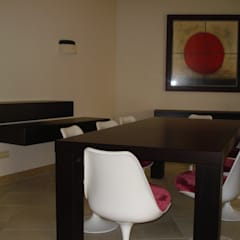 Dining room by Taller de Interiores Mediterraneos, Mediterranean