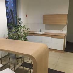 Tee-Küche für einen Meeting-Point.:  Geschäftsräume & Stores von RGenau Industries KG