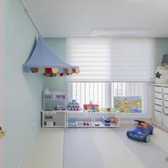 동탄인테리어 화이트와 우드의 조화로 이룬 금강3차 아파트 by.n디자인인테리어: N디자인 인테리어의  방