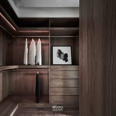 Dressing room by 沐禾設計事務所
