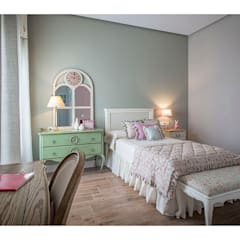 Nursery/kid's room by Idearte Marta Montoya, Classic