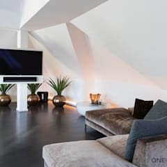 Modern style media rooms by ONE!CONTACT - Planungsbüro GmbH Modern