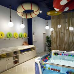 Diseño e interiorismo para SPLASH baby spa. Espacios comerciales de estilo moderno de Cimbra47 Moderno