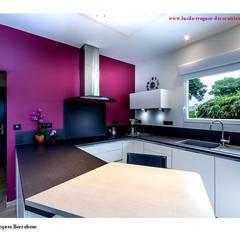 Cocinas equipadas de estilo  por  Lucile Tréguer, décoratrice d'intérieur