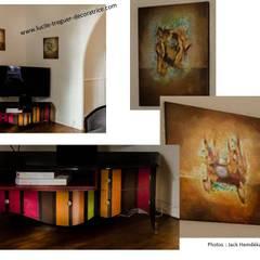 Pièce de vie d'une maison des années 20. Décoration néoclassique.: Salle à manger de style  par  Lucile Tréguer, décoratrice d'intérieur
