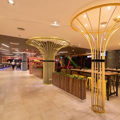 Locales gastronómicos de estilo  por Nature Concept Contracts Sdn. Bhd.