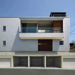 グラバー邸の見える家: Atelier Squareが手掛けた一戸建て住宅です。