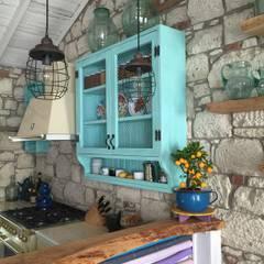 Cocinas integrales de estilo  por Bej Mimarlık