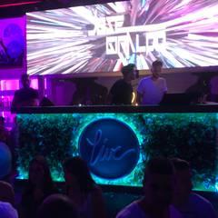 Bares y Clubs de estilo  por La Tecla