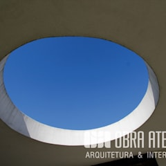 جدران تنفيذ OBRA ATELIER - Arquitetura & Interiores