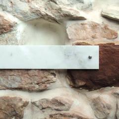 Transformación de una tenada: Paredes de estilo  de MG arquitectos