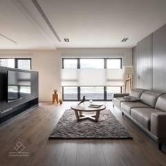 【國泰TwinPark】靜謐 の 日式襌風:  客廳 by 極簡室內設計 Simple Design Studio