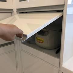 住宅:休:  廚房 by 先勁室內裝修有限公司,
