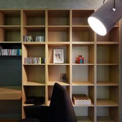 Study/office by 直方設計有限公司