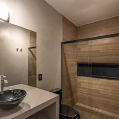 Bathroom by Lnormand Interiores