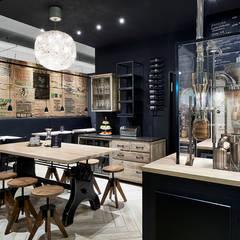Black Suites Design Hotel:  Hotels von MOYSIG RETAIL DESIGN GMBH
