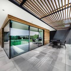 Farmer's House:  Terrace by AR Design Studio