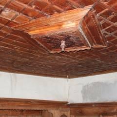 Restorizm Mimarlık Restorasyon Proje Taah. Ltd. Şti – Ahşap Tavan:  tarz Yatak Odası