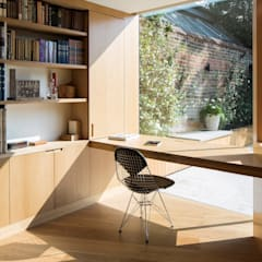 Belsize Lane by IQ Glass UK Minimalist گلاس