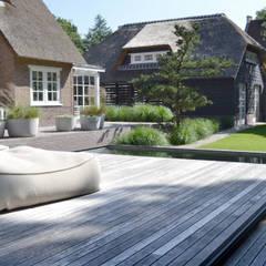 Veld emotie:  Tuin door Andrew van Egmond (ontwerp van tuin en landschap)