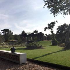 Schoorl:  Tuin door Andrew van Egmond (ontwerp van tuin en landschap)